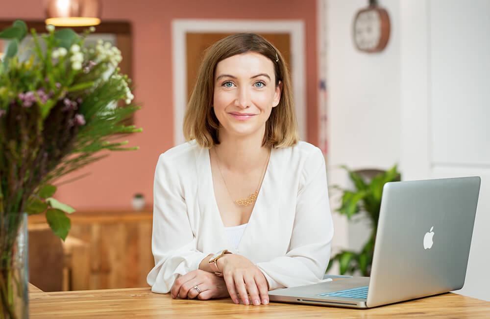 Joanna-Abel-Social-Media-Manager